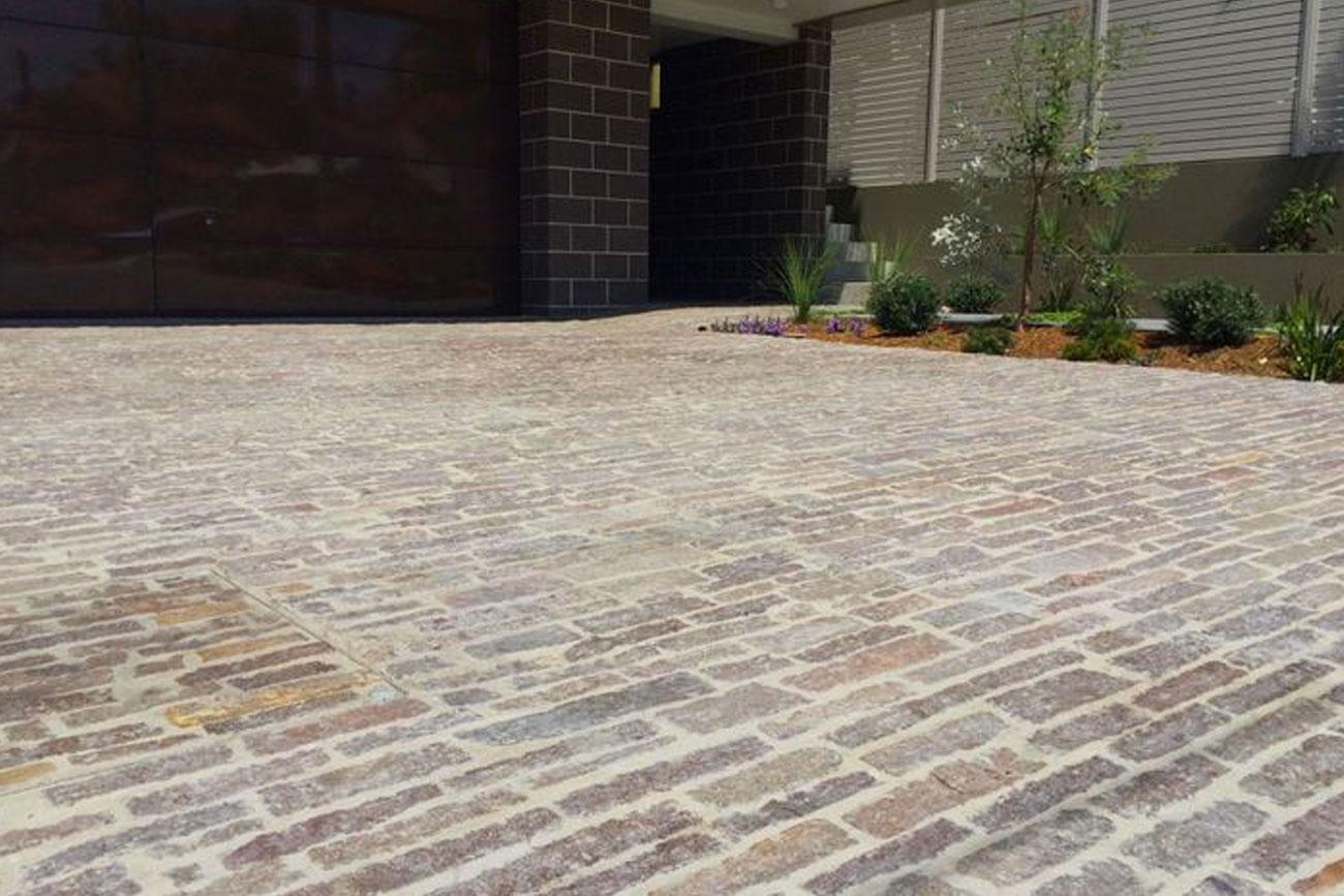 realizzazione pavimenti porfidi esterni reggio emilia